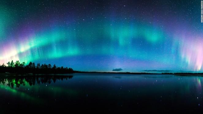 131120111200-aurora-antti-pietikainen-horizontal-large-gallery